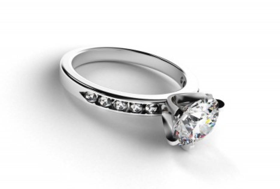 איך לבחור טבעת יהלומים בצורה נכונה?